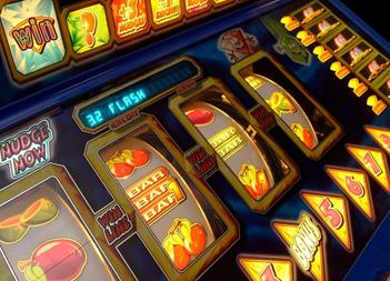 เล่น เกมส์สล็อตผลไม้ ให้ได้กำไรง่าย ๆ บน ตู้สล็อตออนไลน์ กันเถอะ